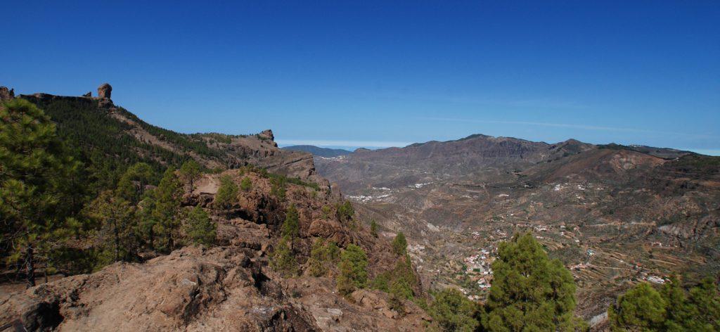 Der 1.813 Meter hohe Roque Nublo im Parque Rural de Nublo ist das Wahrzeichen von Gran Canaria